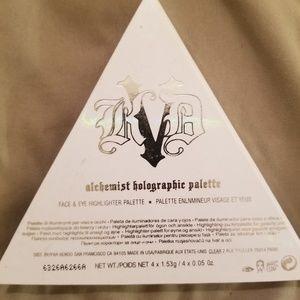 Kat von d alchemist hologram palette